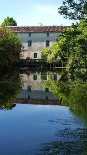 Photo Le Moulin Chaillou Pons Charente Maritime