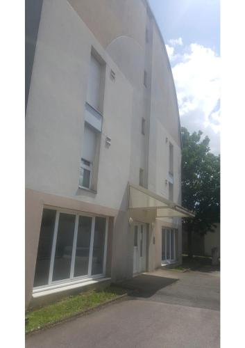 Shellam : Appartement proche de Longvic
