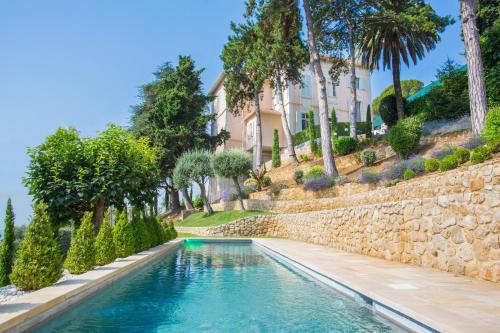 Magagnosc Villa Sleeps 12 Pool Air Con WiFi : Hebergement proche d'Opio