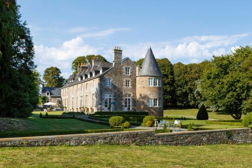 Domjean Chateau Sleeps 20 WiFi : Hebergement proche de Placy-Montaigu