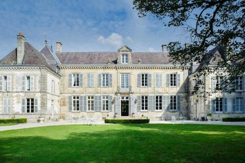 Photo Pogny Chateau Sleeps 32 WiFi