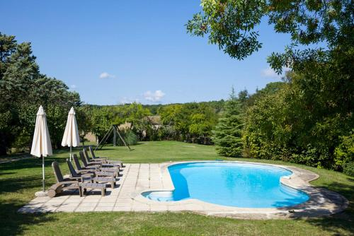 Saint-Julien-d'Eymet Villa Sleeps 9 Pool WiFi : Hebergement proche de Ribagnac