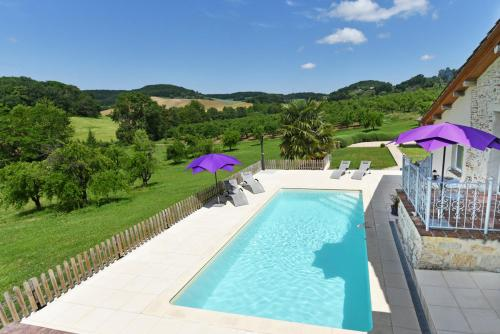 Castelmoron-sur-Lot Villa Sleeps 6 Pool WiFi : Hebergement proche d'Agmé