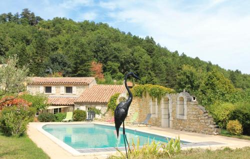 La Begude-de-Mazenc Villa Sleeps 8 Pool Air Con : Hebergement proche d'Eyzahut
