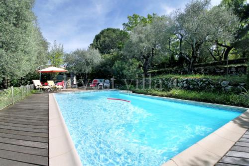 Grasse Villa Sleeps 6 Pool : Hebergement proche de Saint-Vallier-de-Thiey
