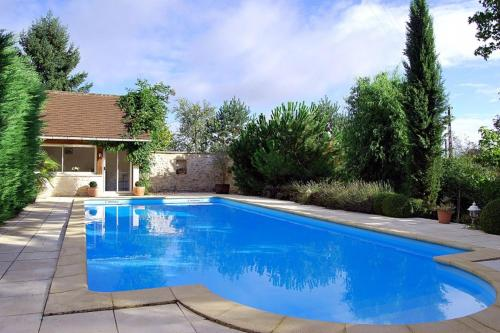 Thenon Villa Sleeps 6 Pool : Hebergement proche de Limeyrat