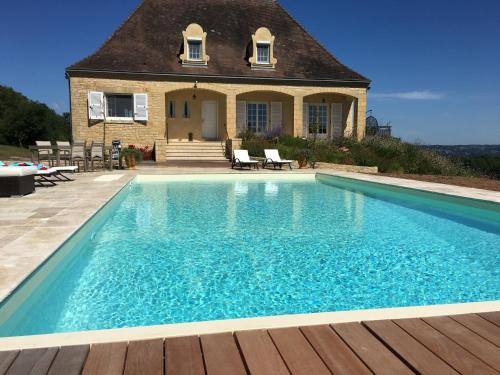La Talerie Villa Sleeps 6 Pool Air Con WiFi : Hebergement proche de La Cassagne