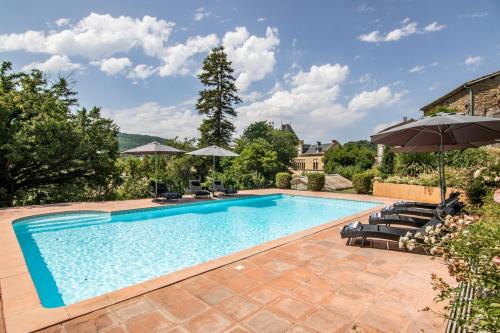 Photo Chalabre Villa Sleeps 8 Pool