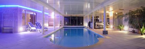 Photo Au Charme du Lac Piscine & Spa