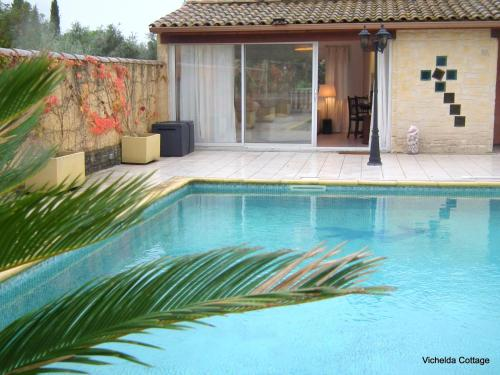 THE VICHELDA COTTAGE - HOLIDAY RENTAL, IN AUBAIS, GARD, FRANCE : Hebergement proche de Saussines