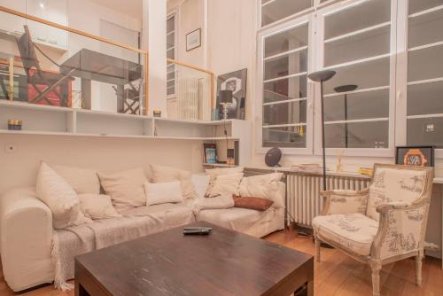 Appartement A beautiful flat with view on Eiffel Tower!