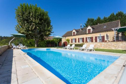 Sainte-Alvere Villa Sleeps 6 Pool WiFi : Hebergement proche de Journiac