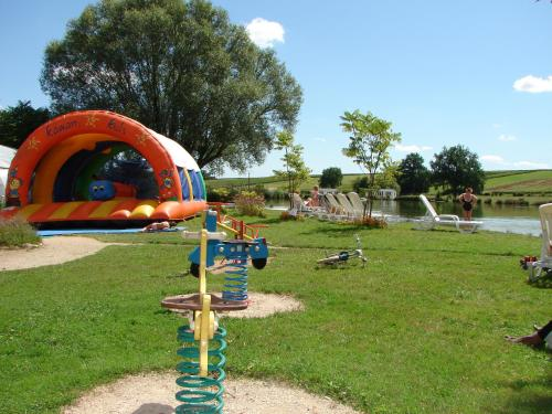 Camping Moulin de Collonge : Hebergement proche de Le Puley