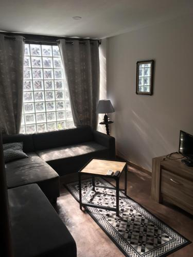 Studio Centre Louhans : Appartement proche de Saint-Vincent-en-Bresse