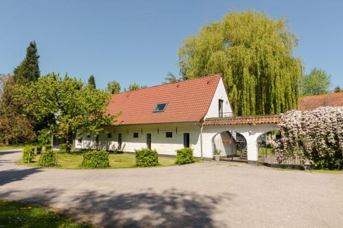 Photo Hotel The Originals La Ferme Blanche (ex Relais du Silence)