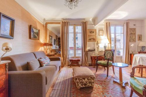 Appartement Parisian flat with balcony near Latin Quarter 6p