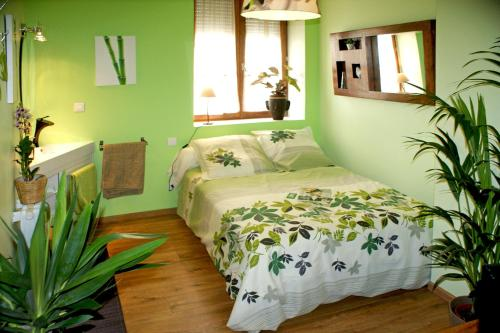Lyon City Home's Bed & Breakfast : Chambres d'hotes/B&B proche de Sathonay-Camp