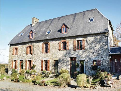 Holiday home Maupertuis K-840 : Hebergement proche de La Colombe
