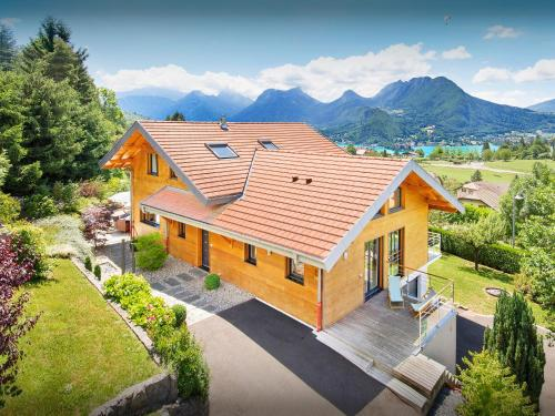 Villa Flying Dragon : Hebergement proche de Menthon-Saint-Bernard