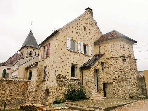 Sleep in Carnetin near Disney : Hebergement proche de Saint-Thibault-des-Vignes