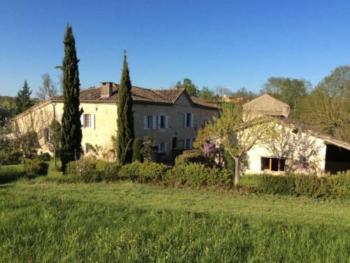 Holiday Home Le Mauzac : Hebergement proche de Fayssac