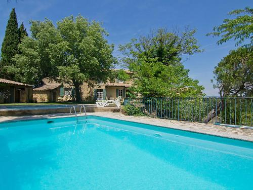 Orange Villa Sleeps 10 Pool Air Con WiFi : Hebergement proche de Lagarde-Paréol