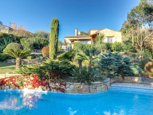 Mougins Villa Sleeps 10 Pool Air Con WiFi : Hebergement proche de Mougins