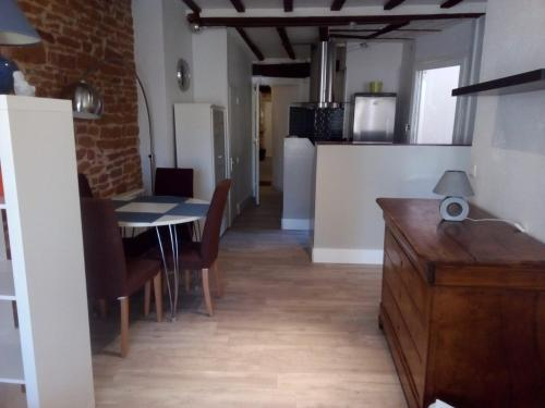 VIA CARNOT : Appartement proche de Garnerans