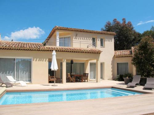 Hébergement Saint-Cyr-sur-Mer Villa Sleeps 6 Pool Air Con WiFi