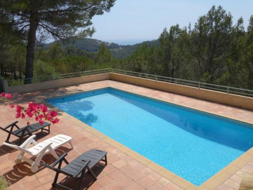 Hébergement Le Plan-de-la-Tour Villa Sleeps 10 Pool Air Con