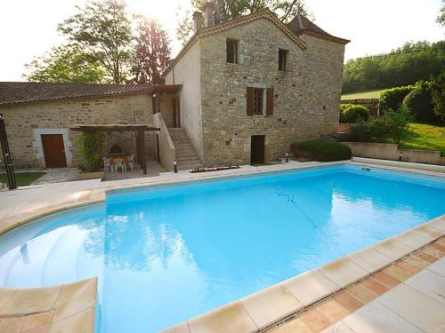 Floressas Villa Sleeps 14 Pool : Hebergement proche de Lagardelle
