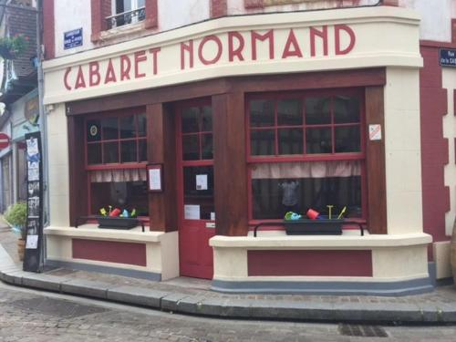 cabaret Normand : Chambres d'hotes/B&B proche de Pennedepie
