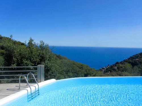 Spacious Dream Villa near Monaco : Hebergement proche de Touët-de-l'Escarène