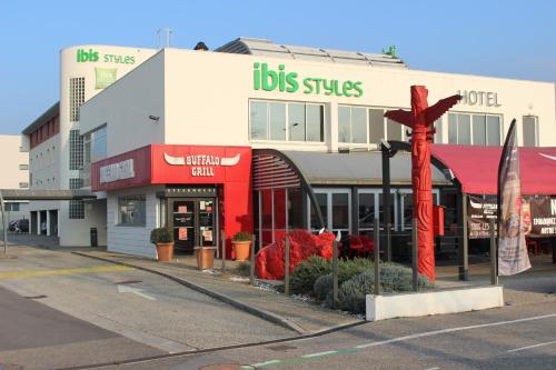 Photo IBIS STYLES GRENOBLE CROLLES