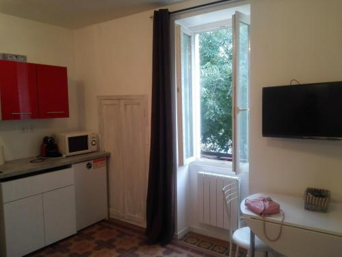 Photo APPARTEMENT REFAIT A NEUF PONT SAINT ESPRIT