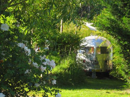 Belrepayre Airstream Retro : Chambres d'hotes/B&B proche de Pamiers