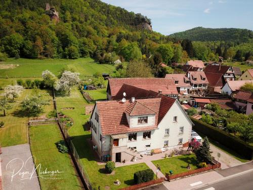 Chambre d'Hotes Petit Arnsbourg : Chambres d'hotes/B&B proche de Windstein