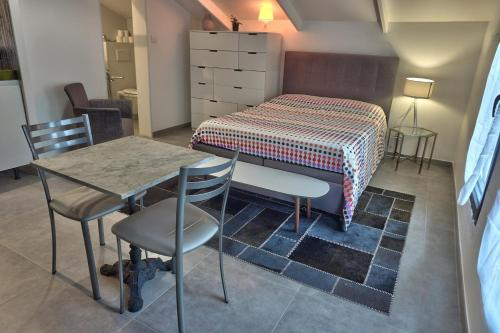 Grand Studio Tassin : Appartement proche de Saint-Pierre-la-Palud