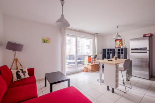 New ! Nice T2 close to the waterfront : Appartement proche d'Oullins
