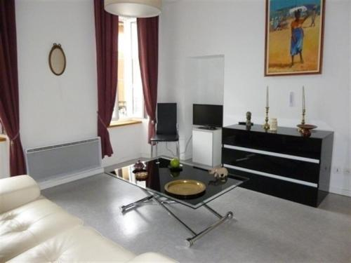 Apartment Agreable appartement dans rue pietonne