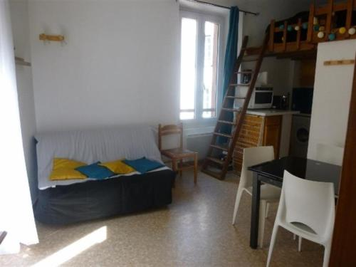 Apartment Location appartement ax-les-thermes, 2 pièces, 4 personnes 1 : Appartement proche d'Ax-les-Thermes