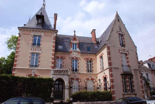 Maunoury Citybreak : Chambres d'hotes/B&B proche d'Ardelles