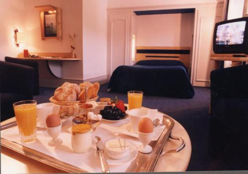 Logis Hotel le France : Hotel proche d'Orgeans-Blanchefontaine