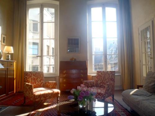 Appartement Apartment Living in Paris - Saint Peres