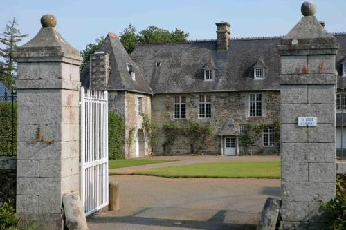 Le Logis d'Equilly : Chambres d'hotes/B&B proche de Le Mesnil-Amand