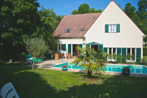 Chambres d'hotes Les Hibiscus : Chambres d'hotes/B&B proche d'Argenteuil
