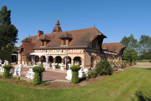 Le Manoir de Goliath : Appartement proche de La Chapelle-Bayvel