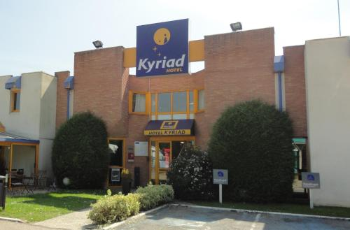 Kyriad Chantilly : Hotel proche de Saint-Leu-d'Esserent