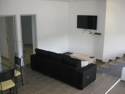 Holiday Home l'Angelet : Appartement proche de Vallauris