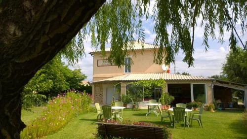 Hotel Le Caboulot : Hotel proche d'Orpierre